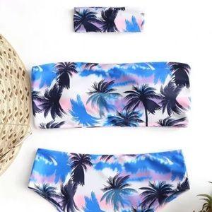 Palm tree bikini with cocker